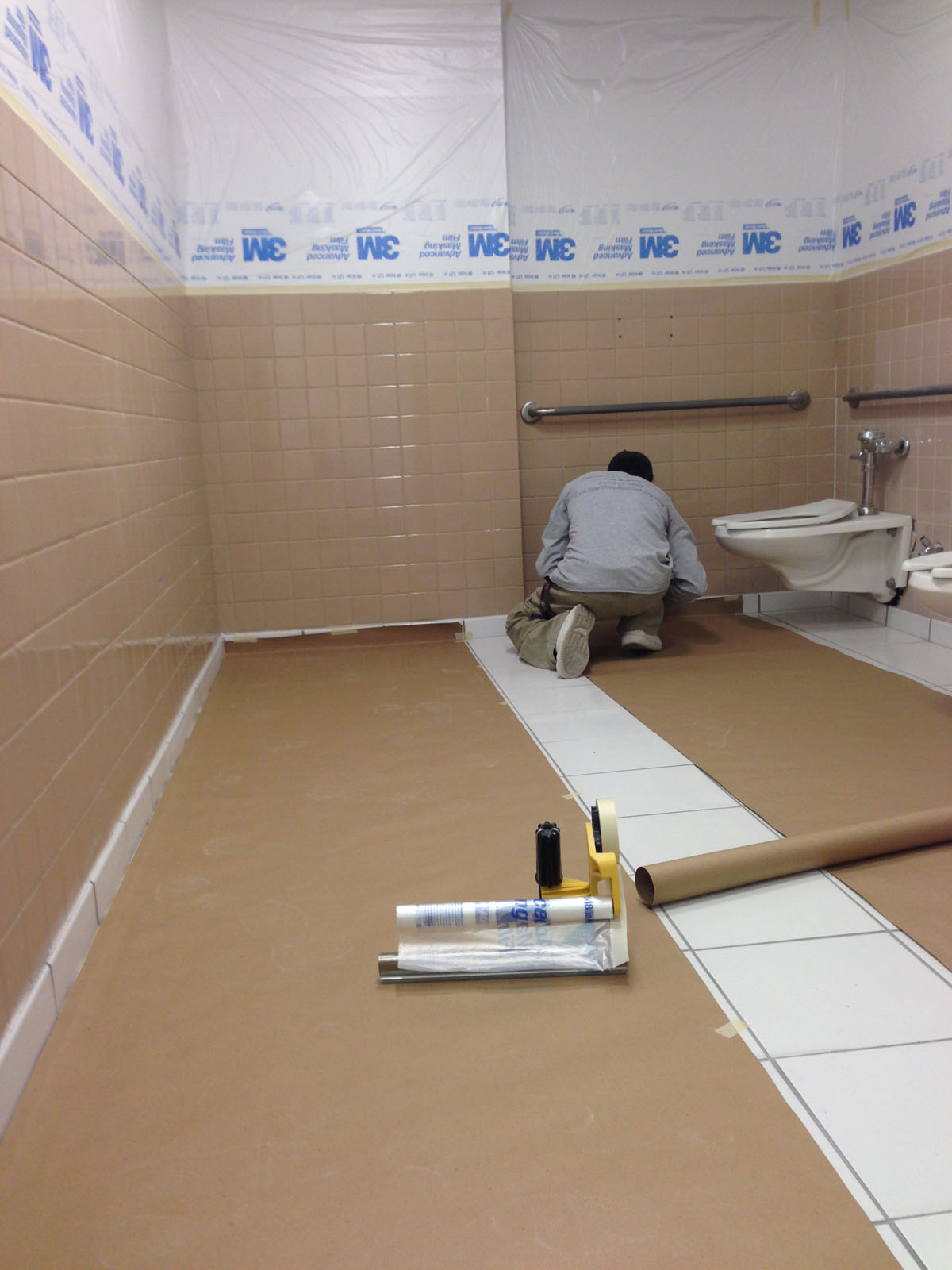 60 State St. Boston - Commercial Bathroom Refinishing - Before