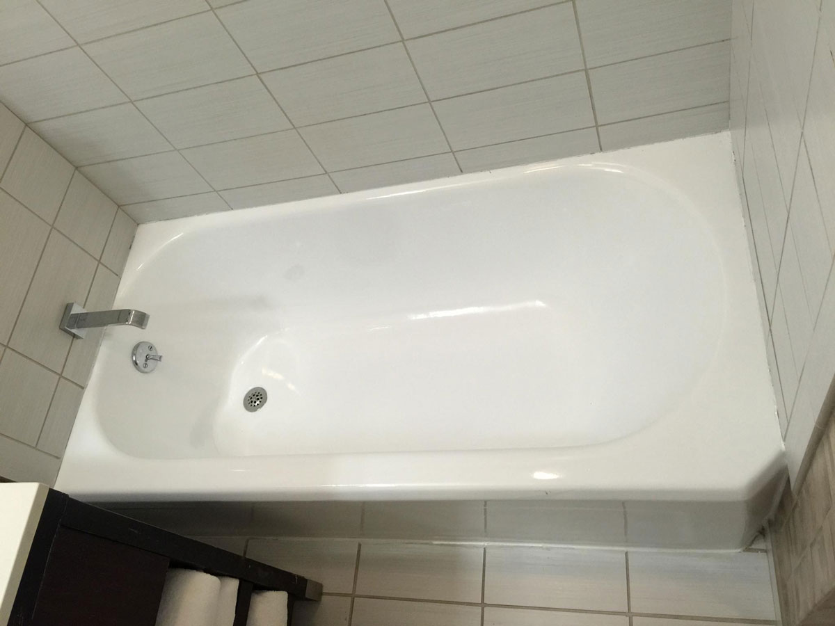 Copley Square Hotel bathtub after refinishing - reglazing