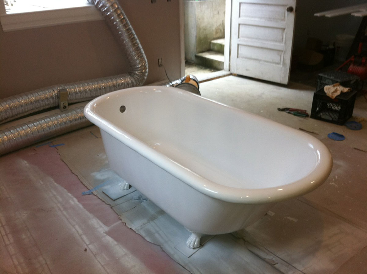 Bathtub Refinishing Before & After - Bay State Refinishing