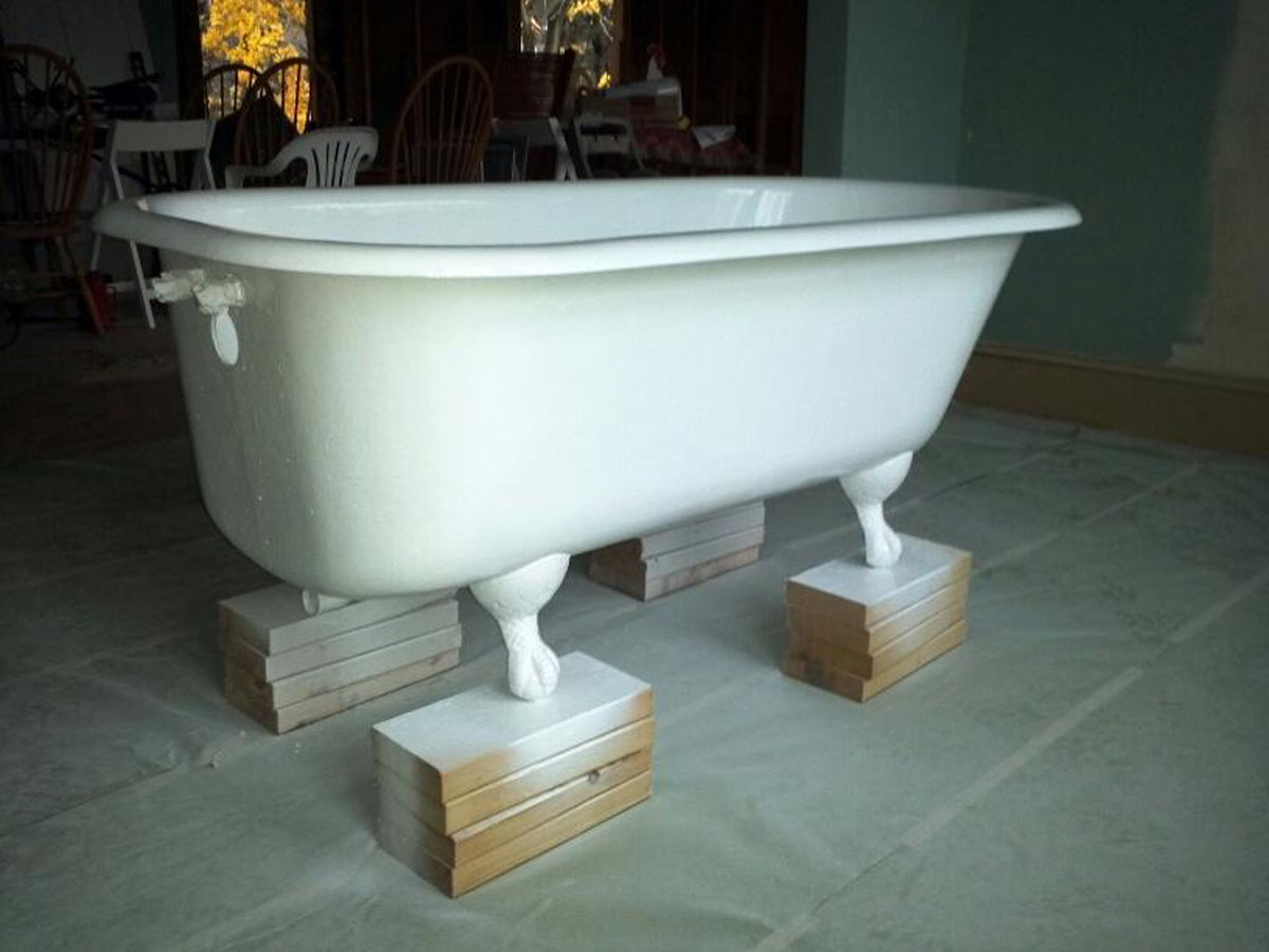Delighted cast iron porcelain tub images bathtub for for Steel bath vs acrylic