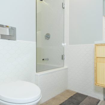 Boston Bathroom Remodel - Bay State Refinishing & Remodeling